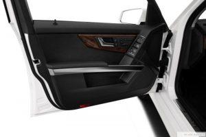 Lắp cửa hít ô tô ở đâu chuyên nghiệp, uy tín và an toàn?