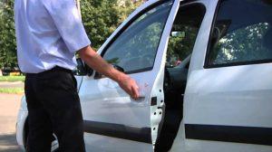 Có nên lắp cửa hít cho ô tô theo xu hướng hiện nay?